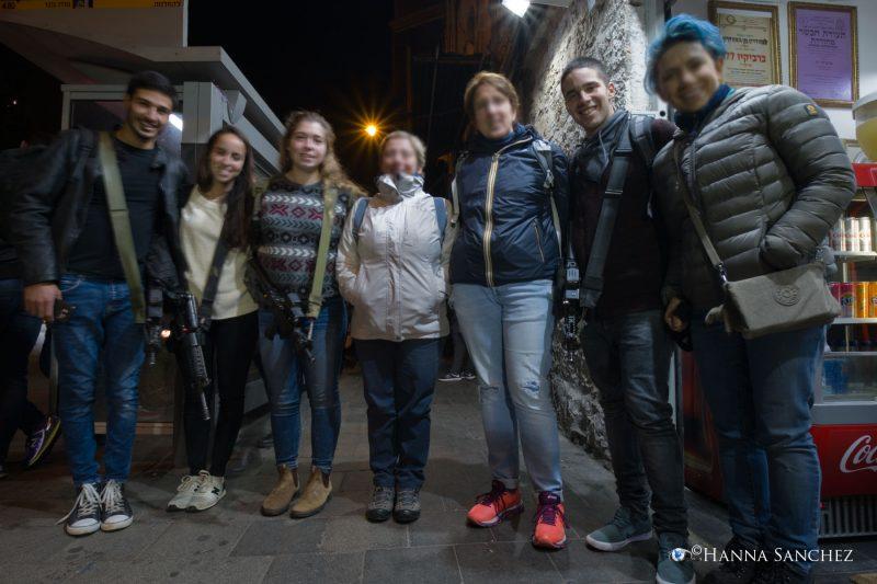 Foto di gruppo - Ragazzi armati - Gerusalemme